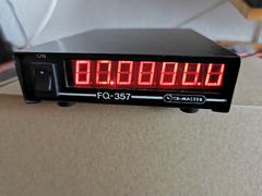 Frequenzzähler FQ 357 , kleine Abmessungen für QRP,  RX-, TX-, Ant-PL-Buchse, 12 Volt